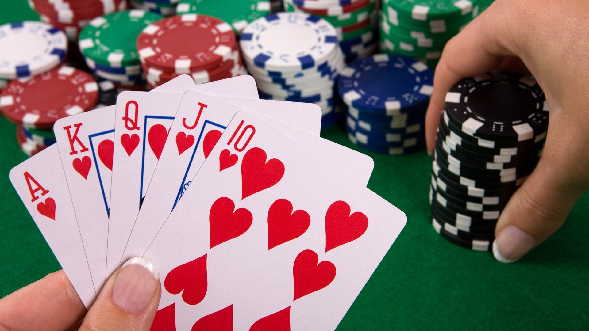 Five Tips that are Easy to Win during Online Poker Tournaments