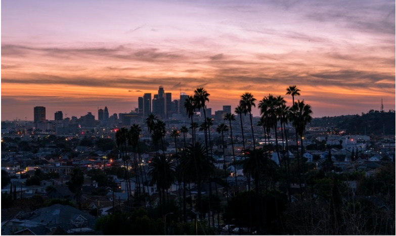 You Should Pack Snacks Ahead Of Time If You Want To Save Money While Traveling in Downtown LA