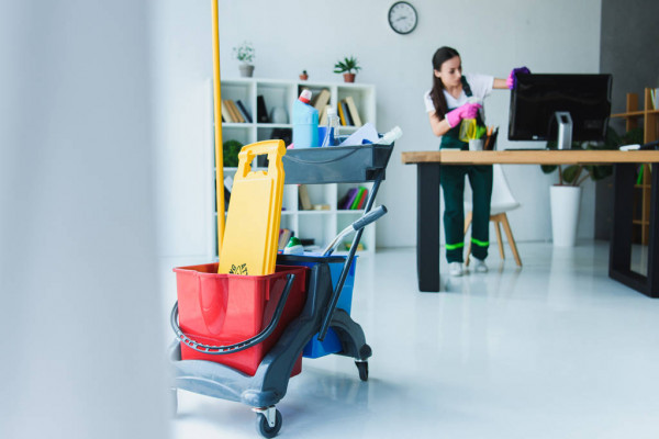 Save Your Money and also Time with House Cleaning Solutions