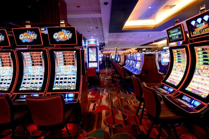 Matters A Young Little One Behavior About Online Online Bookies