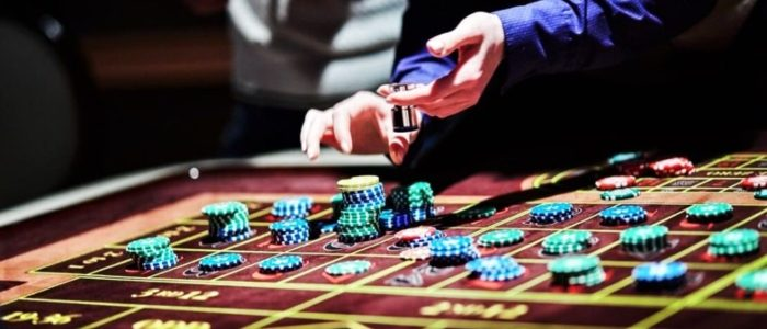 How Can Gambling Online Build?